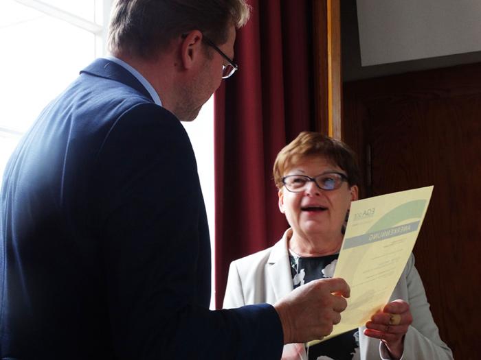 Herr Christian Grütters von der VERAVIS GmbH ist ab jetzt EQAsce-anerkannter Betreuer für außeruniversitäre Praktika.